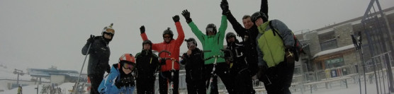 Galeria zdjęć / Mikołajkowy start sezonu narciarskiego na największym lodowcu Tyrolu Stubaital.