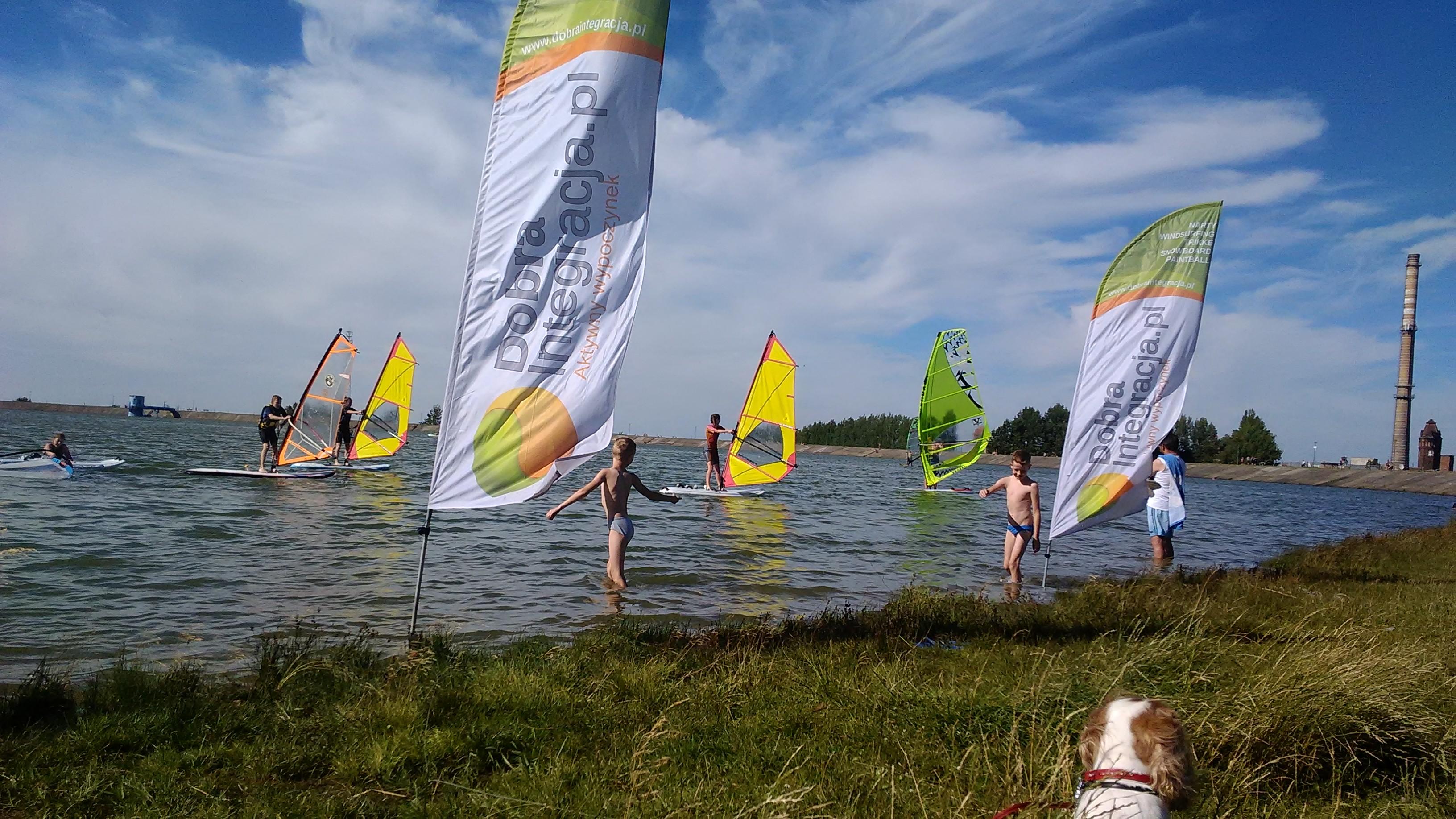 Szkoła Windsurfing www.dobraintegracja.pl Jezioro Bielawskie sezon 2018 (105)