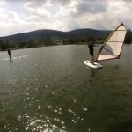Szkoła Windsurfing nad Jeziorem Bielawskim.