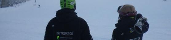 Event firmowy na nartach.