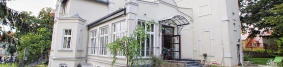 Versant Hotel & Spa **** / 15 minut autem od Szkoły Windsurfing nad Jeziorem Bielawskim.