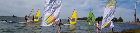 Galeria zdjęć i film podsumowujący sezon 2018r. / Szkoła windsurfing / Jezioro Bielawskie.